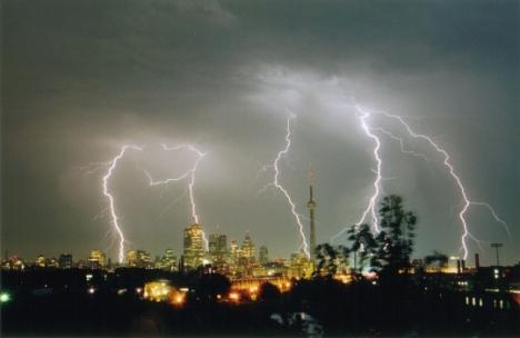 villes-storm-toronto-ontario-canada-188744